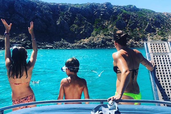 Alquiler embarcación con patrón - Addaia Charters Menorca