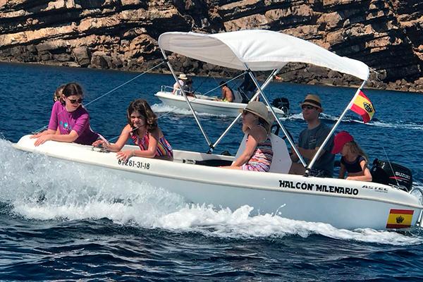 Embarcacion Halcon Milenario - Addaia Charters Menorca